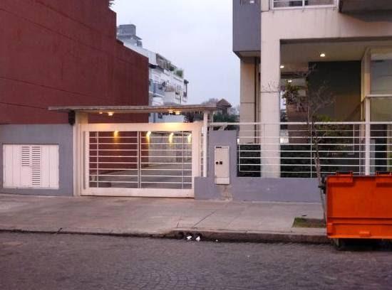 Arquitectura De Casas Accesos A Torre Residencial