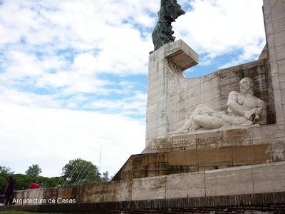 Art Deco - Monumento a la Bandera