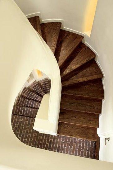 Escalera del edificio