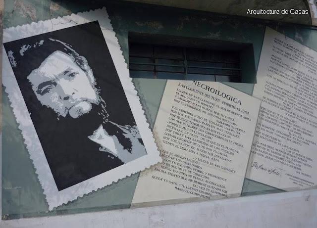 Mural en una esquina de la Ciudad de Buenos Aires