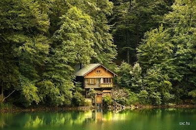 Casa con encanto junto a un lago