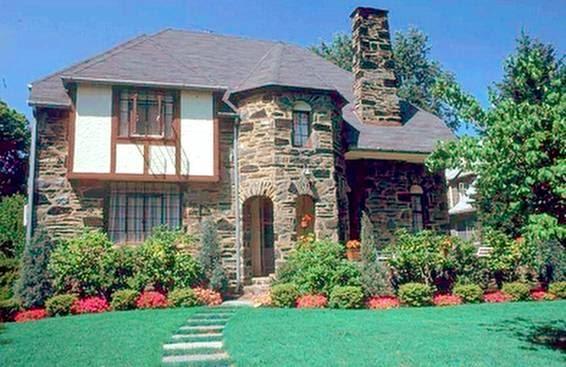 Arquitectura de casas estilo franco normando for Estilos de casas arquitectura