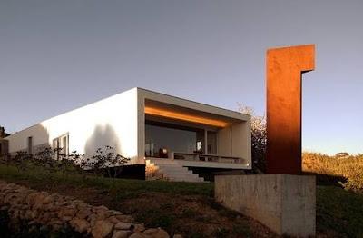 Casa en Portugal diseño contemporáneo lineas vanguardistas