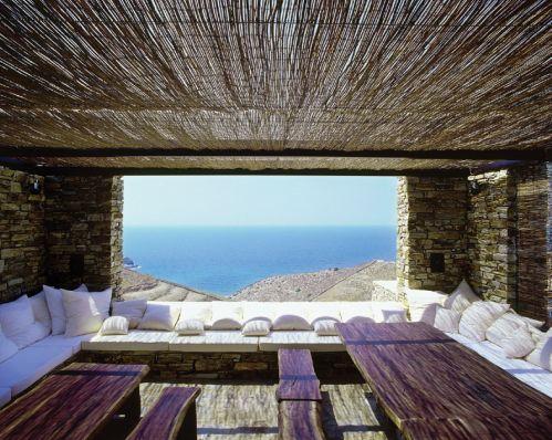 Nueva arquitectura griega