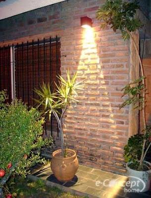 Arquitectura de casas iluminaci n de exteriores de la casa - Apliques de luz para exteriores ...