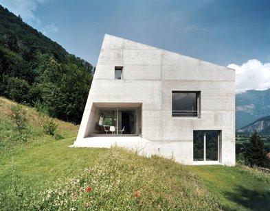 Casa Minimalista de hormigón armado en Suiza