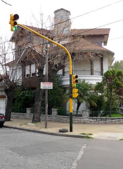 Casa chalet canadiense en Buenos Aires