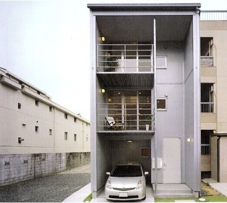 Arquitectura de casas prefabricada angosta de tres plantas for Arquitectura prefabricada