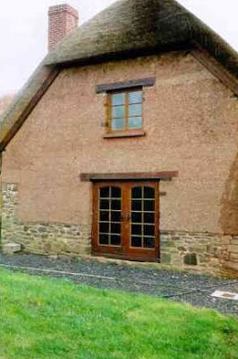 Casa de adobe nueva