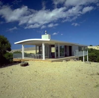 Casa sobre una duna
