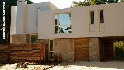 Concreto + piedra + madera: Fondo
