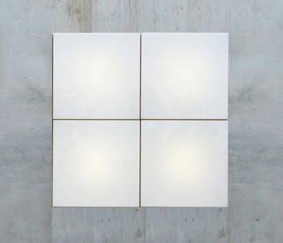 Cuatro módulos luminosos