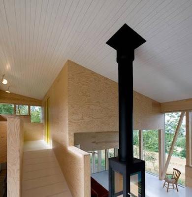 Arquitectura de casas curiosa estructura de madera tipo for Casas en noruega