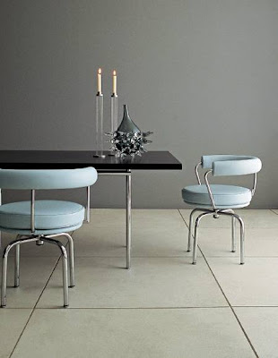 Silla Moderna en juego de muebles