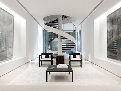 Escalera espiral interior