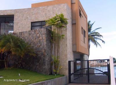 Residencia venezolana de estilo Contemporáneo