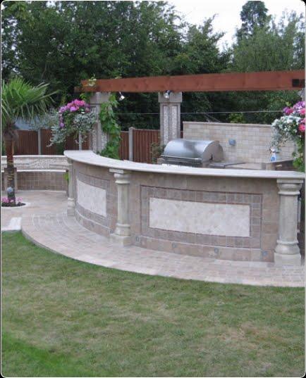 Arquitectura de casas mosaico soler a en patio y jard n for Mosaicos para jardin