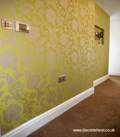 Zócalo de pared con radiador calefacción