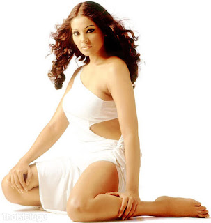 Bipasha Basu Hot Pictures
