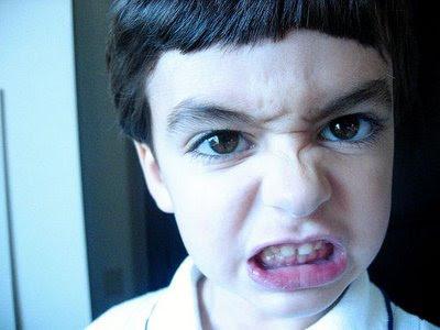http://4.bp.blogspot.com/_nEpxjORR3NQ/St8P2UXRgUI/AAAAAAAAASo/EPLqSdZeUF4/s400/angry+face.jpg