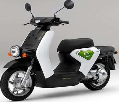 The Honda EV-neo electric-scooter is equipped with a lithium-ion battery