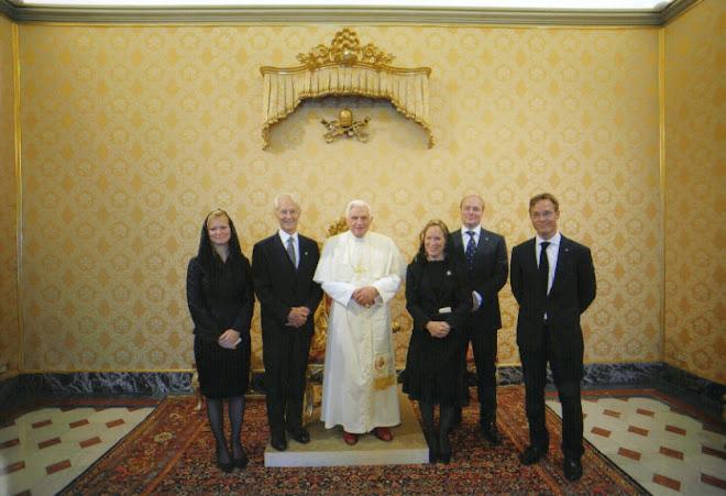 Audiencia de la Familia Real Carlista con S.S. Papa Benedicto XVI