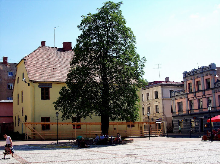 Description This has been the central square in Cēsis since the mid - 13 th century