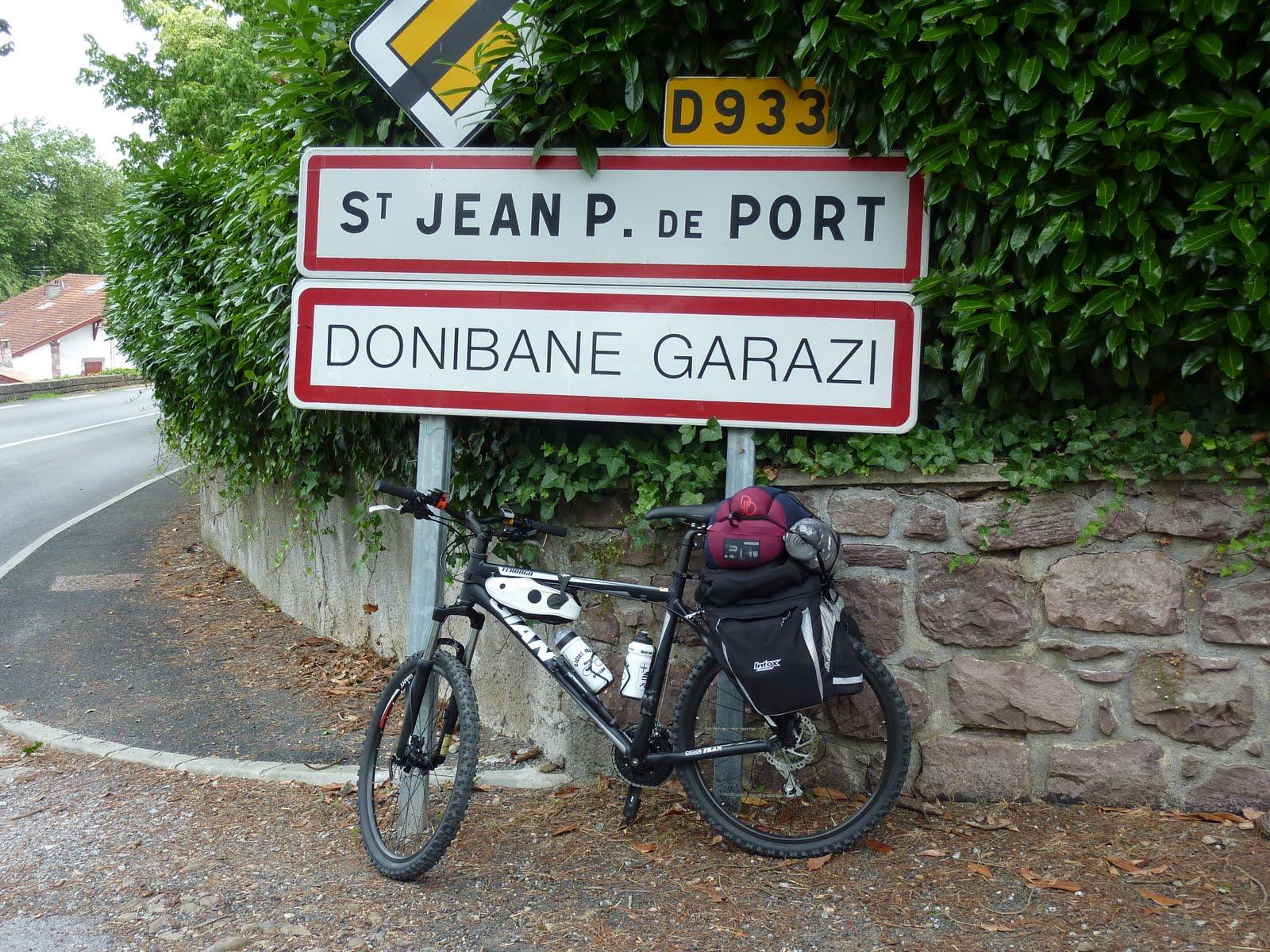 14diasparasantiago d a 1 roncesvalles st jean pied du port roncesvalles - St jean pied de port to roncesvalles ...