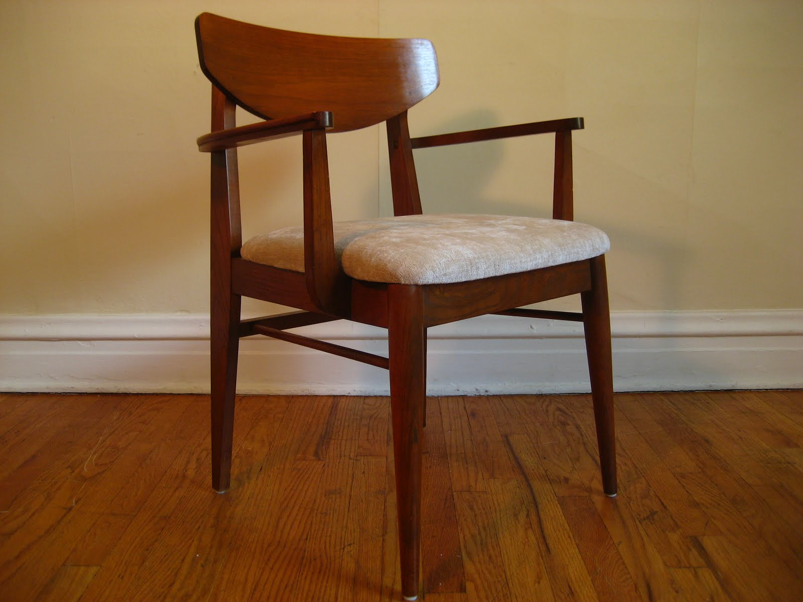 Flatout Design Mcm Dining Chairs
