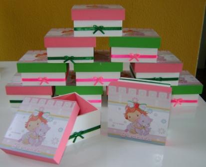 caixa moranguinho baby