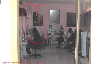 [Image: hantu+di+rental+komputer.jpg]