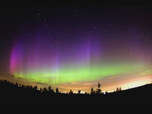 http://4.bp.blogspot.com/_nLJlgi1qPkg/THck9Iq2ZII/AAAAAAAAEZQ/ydWAB-l_fGI/s1600/aurora3.jpg
