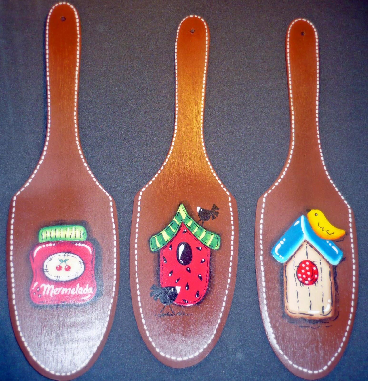 Paletas de madera para adornar tu cocina