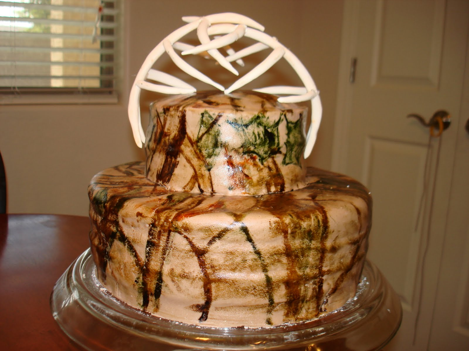 [Camo Pink Wedding Cakes Real Tree Cake] best images about