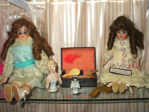 The Fennimore Doll Museum
