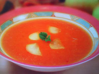 Суп-пюре из ревеня, кураги и яблок.