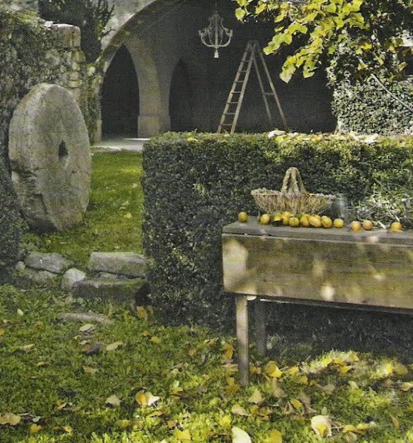 Côté Maisons,rustic garden landscape, image by Bernard Touillon, as seen on linen & lavender