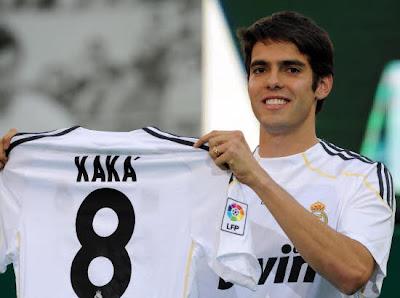Kaka Real Mardrid Shirt is No.8