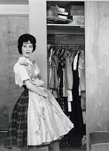 The Vintage Housewife & her closet