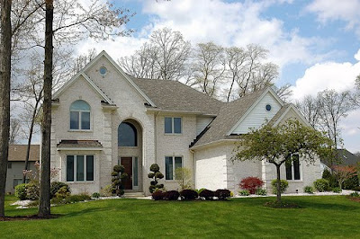 These Are The Amazing Sample Pictures Of Home Or House Exterior Design With  Colonial Style. This House Design Belongs To The Classic House Design.