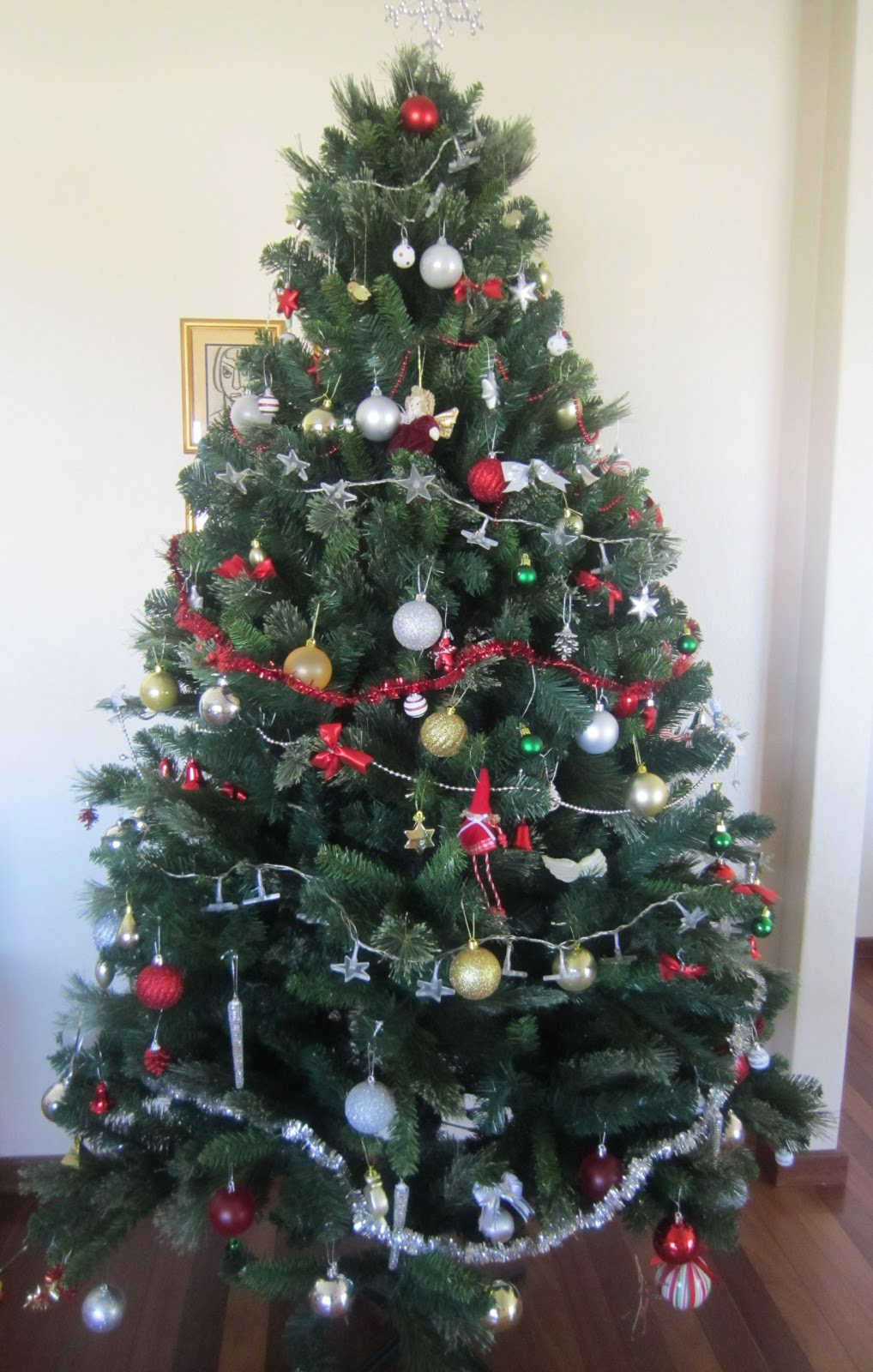 Life In The Country...: A Christmas Tree Snob No More