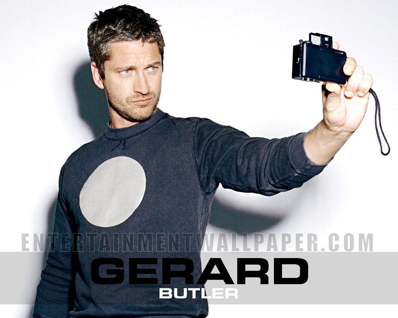 http://4.bp.blogspot.com/_nU1P-tNFNq8/TUpFgsu4IoI/AAAAAAAACbQ/8aJU2lUi1c4/s1600/Gerard-Butler-gerard-butler-17538556-1280-1024.jpg