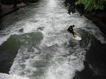 SURFT en un rio de munich