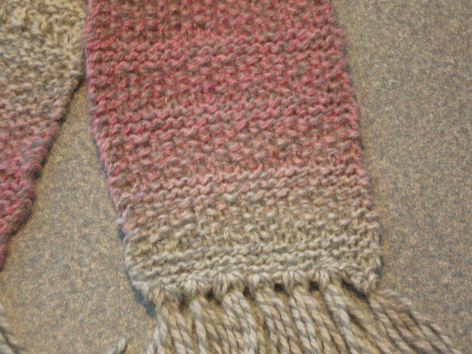 My Useless Crafts and Such: Knit and Purl Scarf