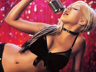 Christina Aguilera- wallpapers,photos,bio,pics