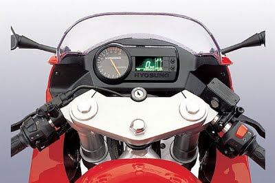 review motor Hyosung GT250R