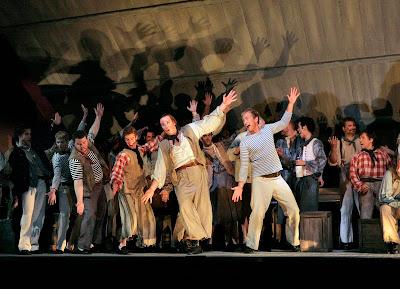 Lucas Meachem (Donald) and Teddy Tahu Rhodes (Billy) in Billy Budd, Santa Fe Opera, 2008 (photo © Ken Howard)