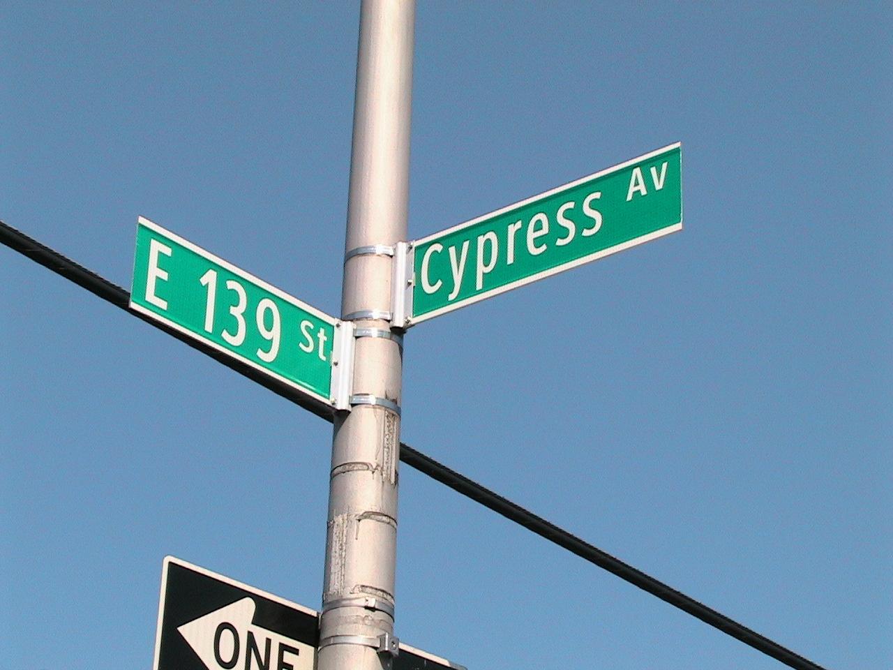 Pr*tty Sh*tty: Wednesday Waffler: NYC Street Signs