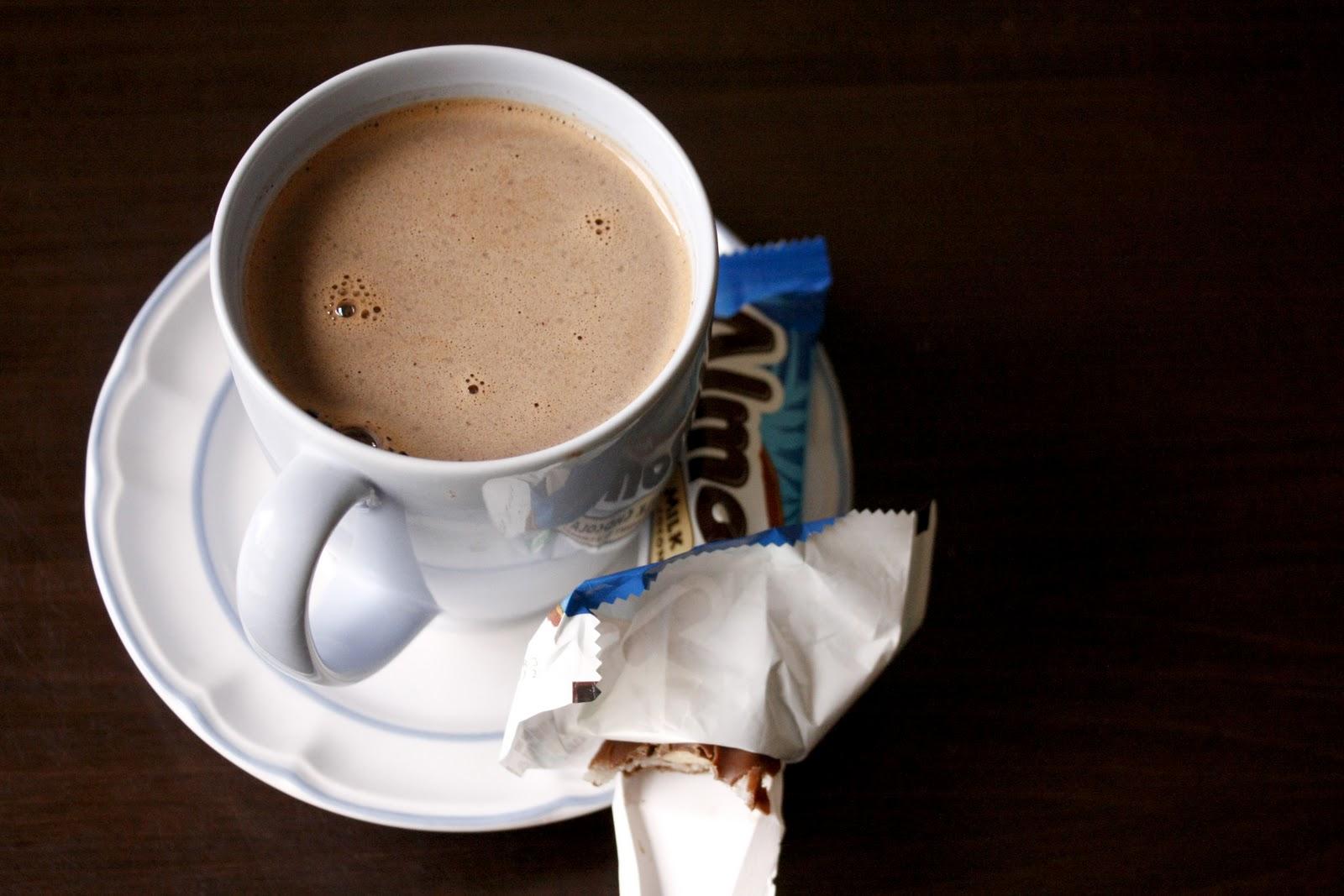 Almond Joy Hot Chocolate1600 x 1067 jpeg 182kB