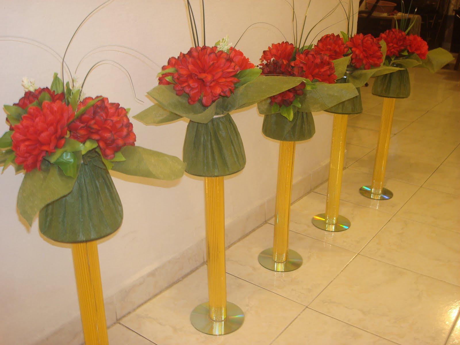 Manualidades de aurora centros de mesa for Mesa para manualidades